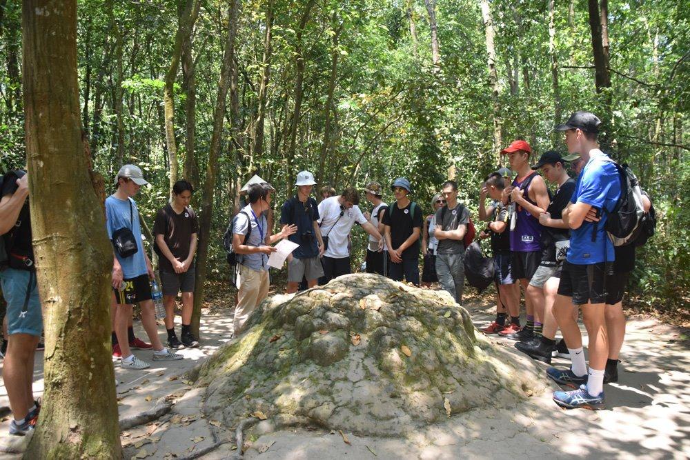rongotai_historygeo_vietnam_cuchitunnels_12