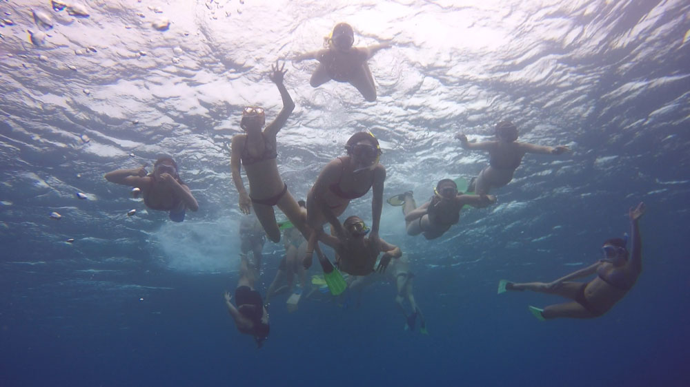 Fiji School Tour - Girls Snorkelling