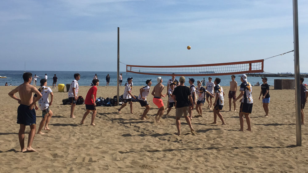 beach volleyball school tour