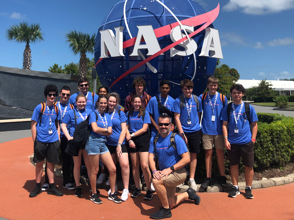 educational student tour NASA