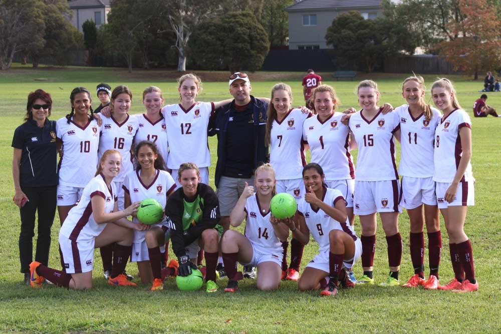 Australia_Melbourne_Football-School-Tour_7