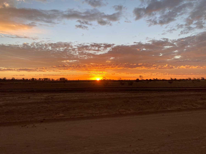 Outback-Australia-Longreach-sunset