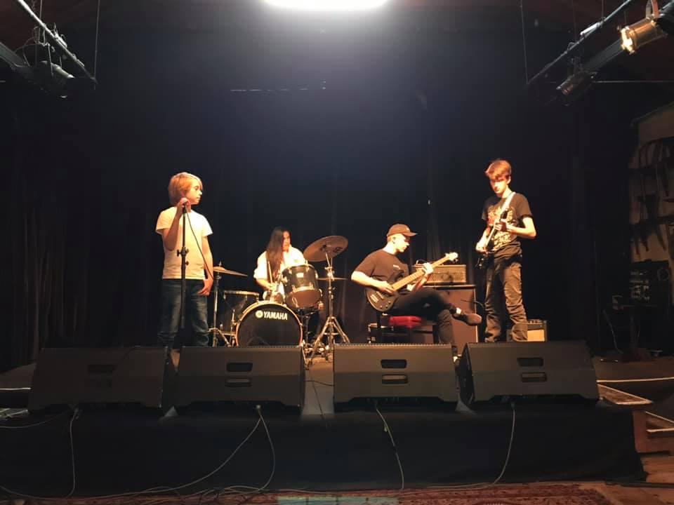 Performing_Arts_Australia_Tours_4